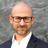Dr James Kustow