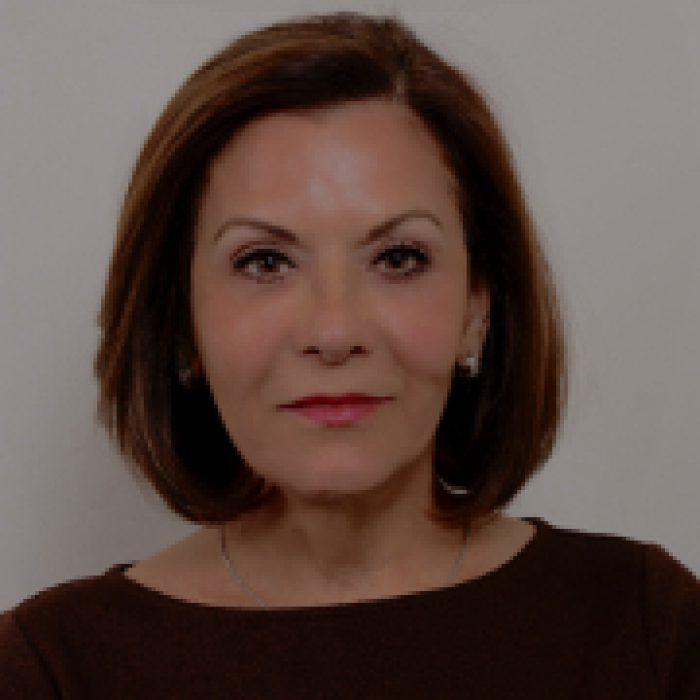 Dr Pari Farzim, Mental Health Therapist