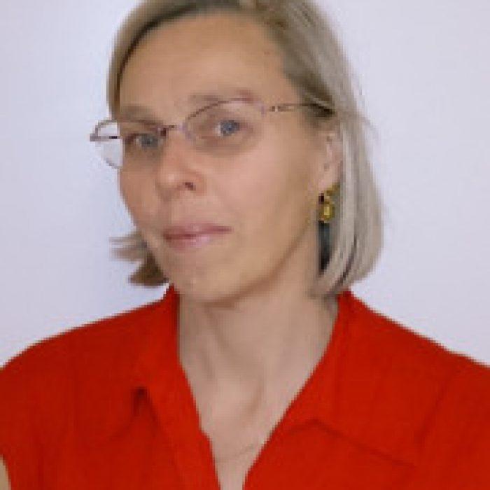 Jasmine Challis, Dietician