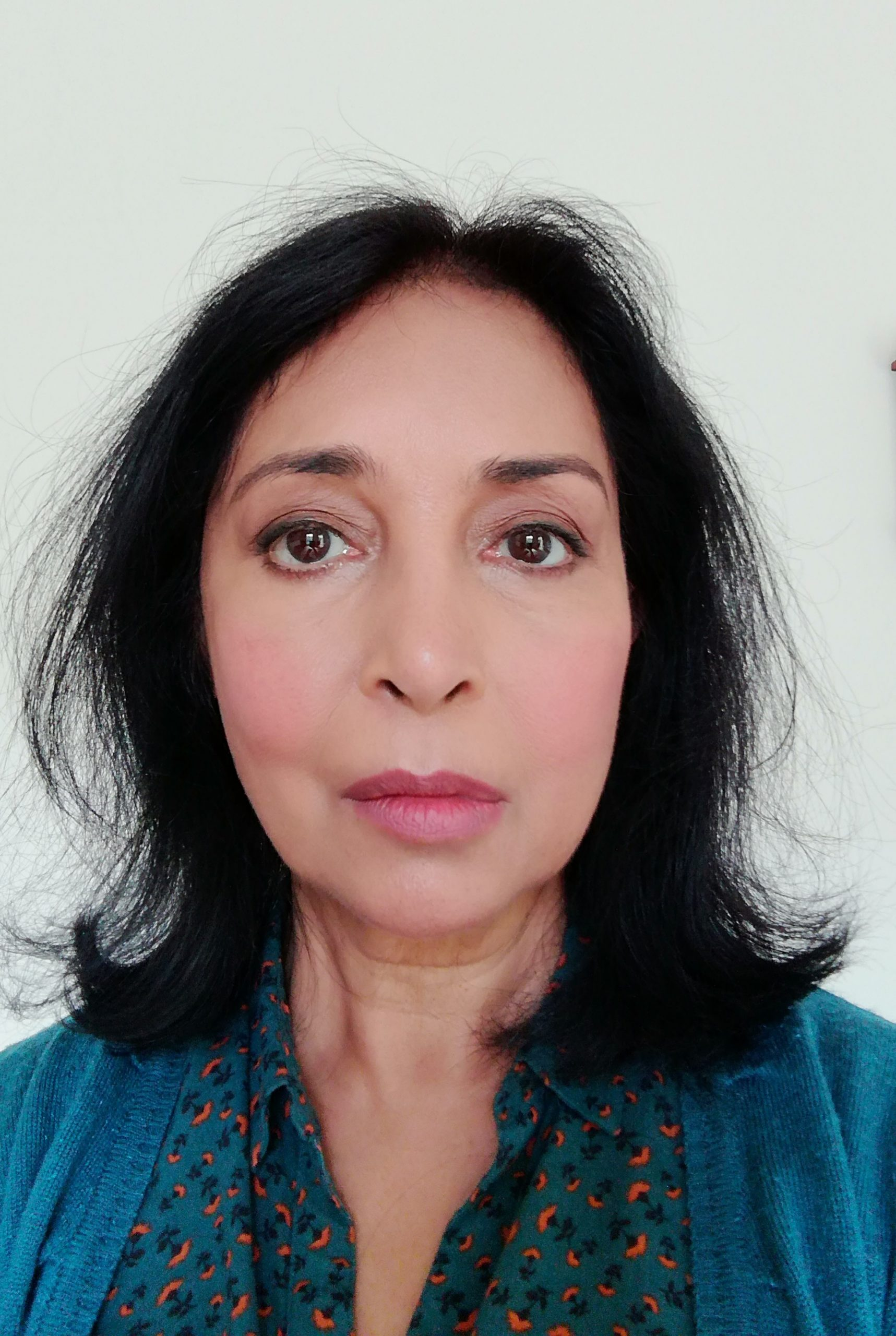 Dr Neelam Bakshi