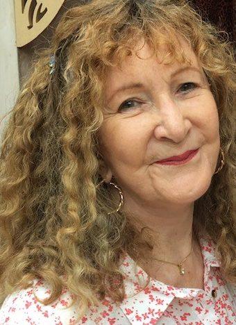 Dr Elizabeth Meg Camm